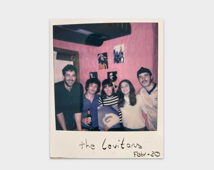 Polaroids-Lateral-derecha-2